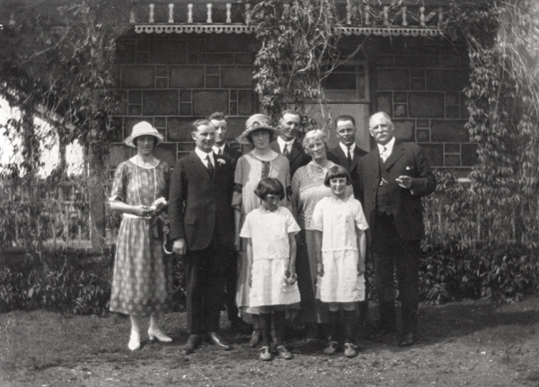 Malcolm/McKenzie wedding, 1924
